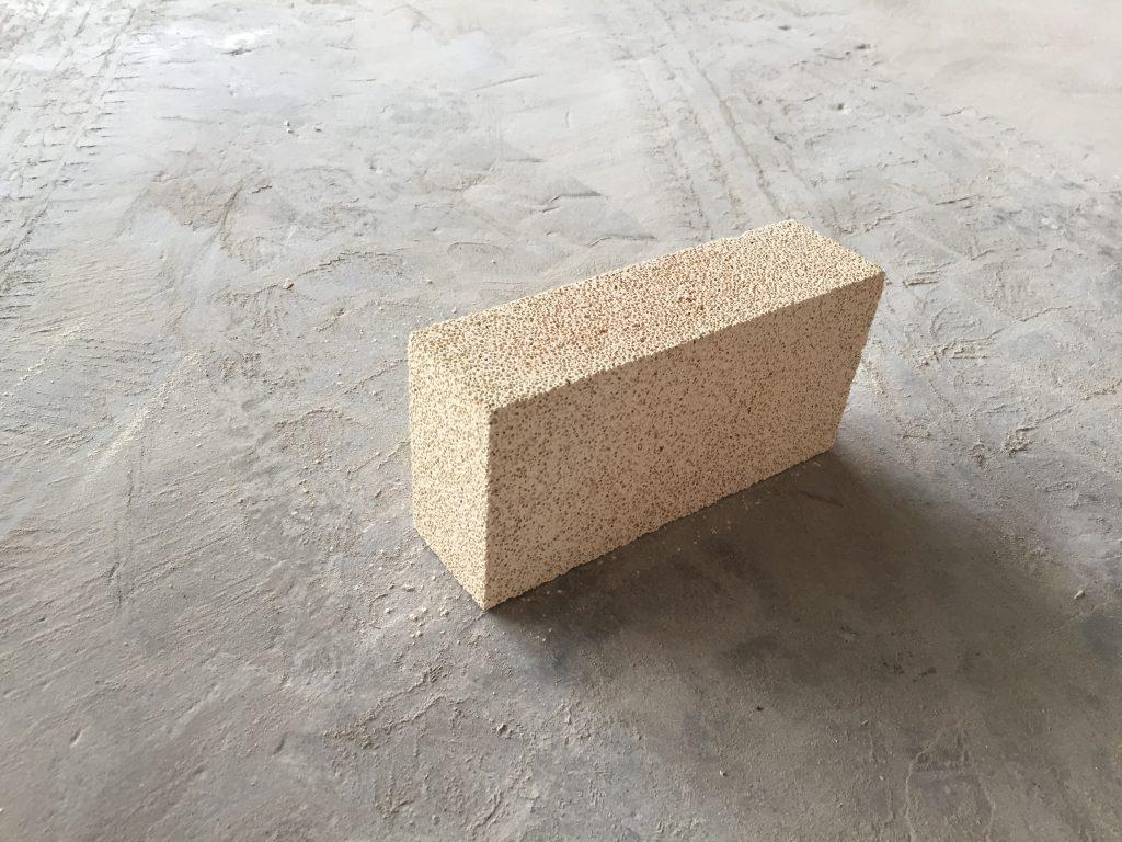 高鋁聚輕保溫磚
